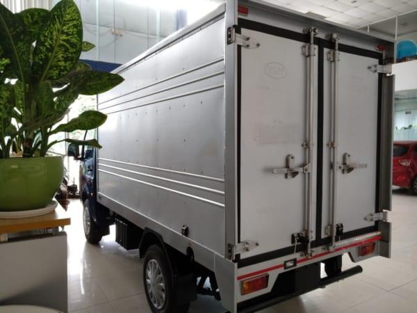 TATA SUPER ACE tải trọng 1t2 thùng kín